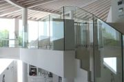 Glass balustrades & handrail support example no. 8